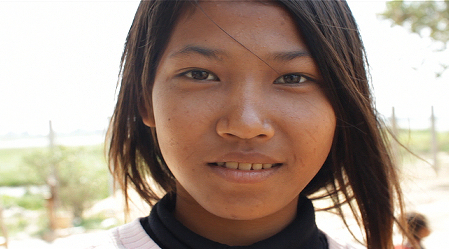 Cambodian girl picture #12